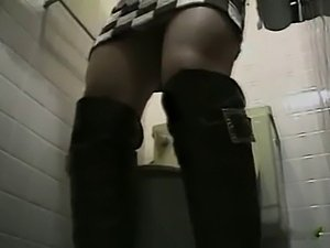 ViP Toilet Masturbation HAIRY Pussy girls - NV